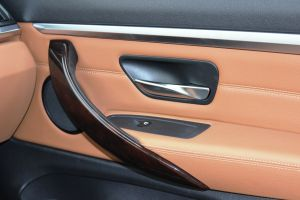 BMW-420d-xDrive-iç-kapı